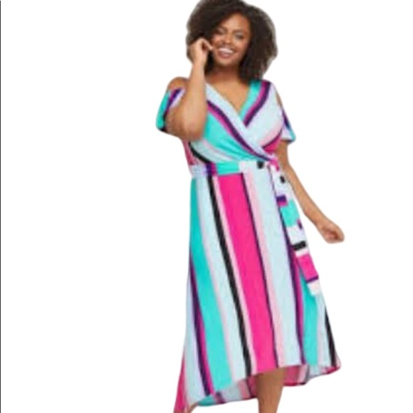 Lane Bryant Dresses & Skirts - Lane Bryant Cold Shoulder Striped Maxi Dress